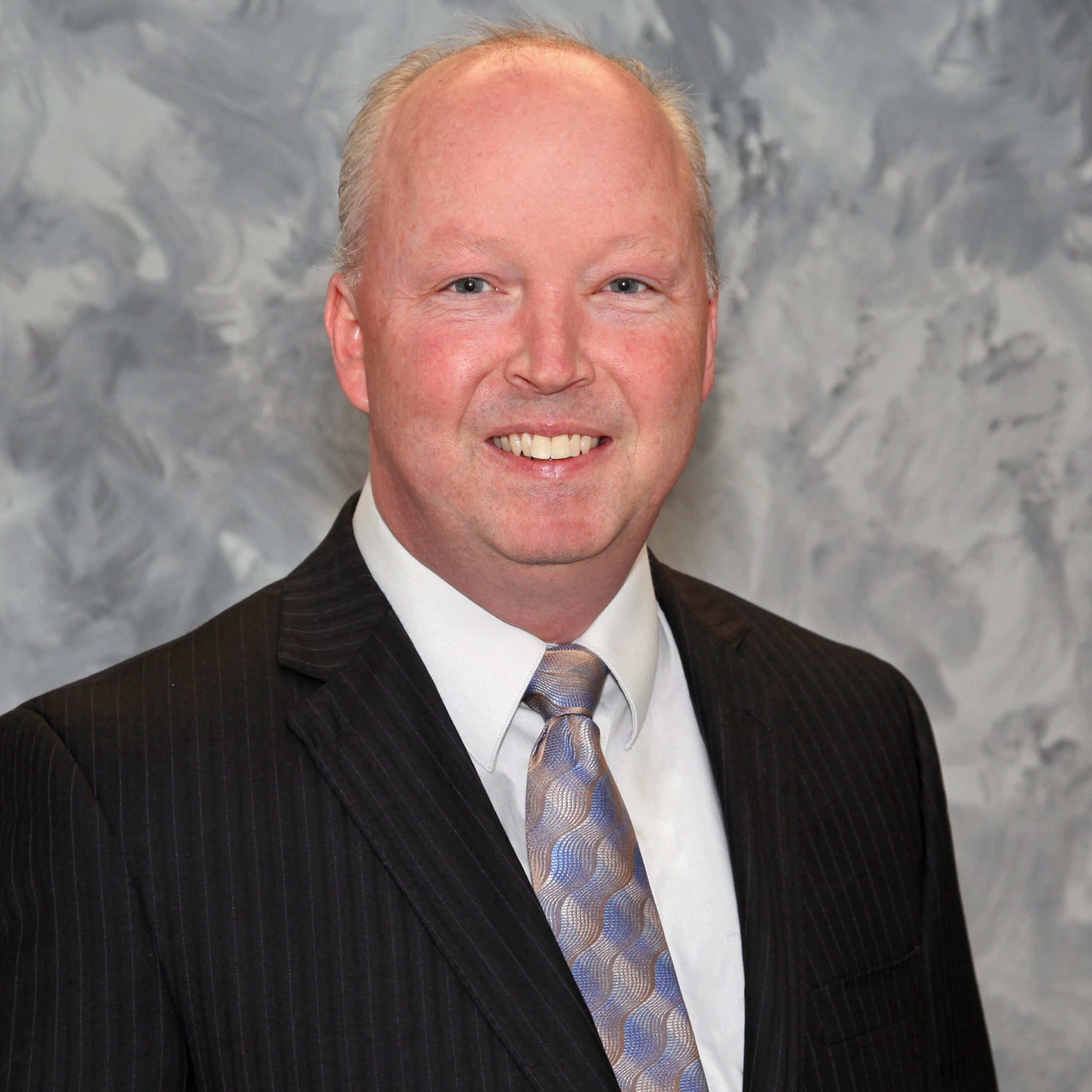 Dr. Ryan Jennings